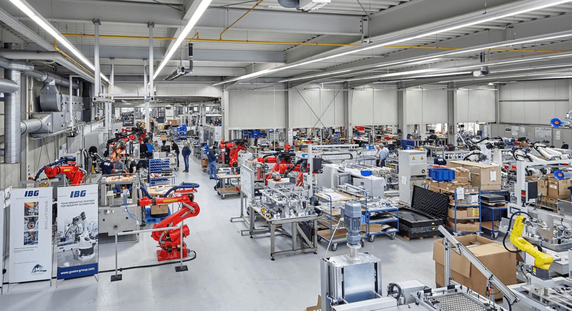 Blick in die Produktionshalle  - Gesamt